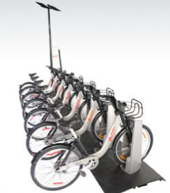 """BIXI stations are made up of bike docks and a pay station equipped with solar panels that powers the entire station. To reduce energy consumption to a minimum, all station components go automatically into """"sleep"""" mode when not in use. Touch the screen of the pay station, enter your code on the keypad of the bike dock or simply insert your BIXI-key into the reader to immediately """"wake up"""" the station."""