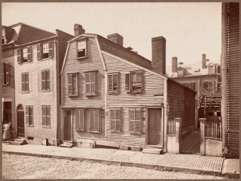 Hart House on Copps Hill - Edmund Hart the original owner, built the ship Constitution. (Courtesy of Boston Public Library)