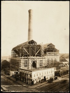 Lincoln Wharf under construction - early 1900s (Source: unknown)