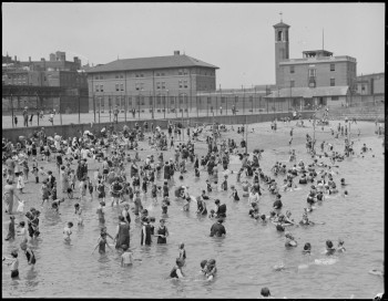 North End Beach on Commercial St. (Courtesy of Boston Public Library)