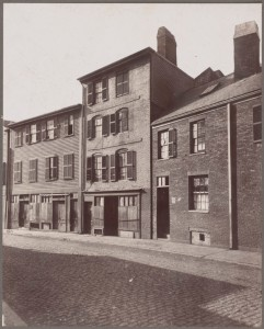Stoddart House (in centre), Prince Street where Major Pitcairn died (Courtesy of Boston Public Library)