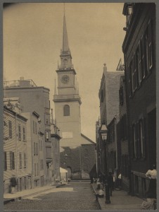 Old North Church looking down Hull St. - 1898 (Courtesy of Boston Public Library)