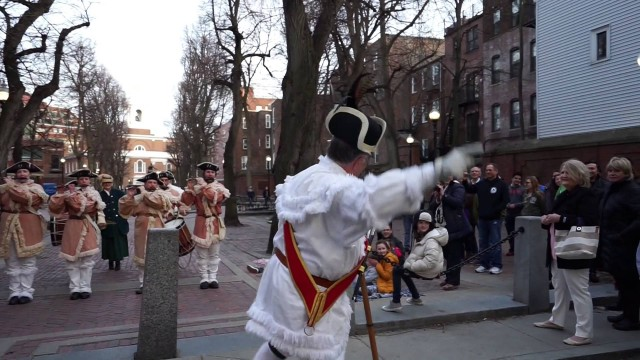 First Michigan Colonial Fife & Drum Corps Perform on Paul Revere Mall / Prado [Video]