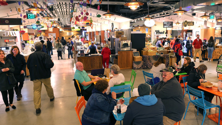 Seats at the Boston Public Market are tough to find during lunchtime, photo by John Tlumacki, The Boston Globe.