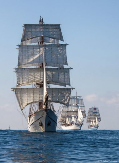 Day Countdown To The Return Of The Tall Ships - Boston tall ship cruise