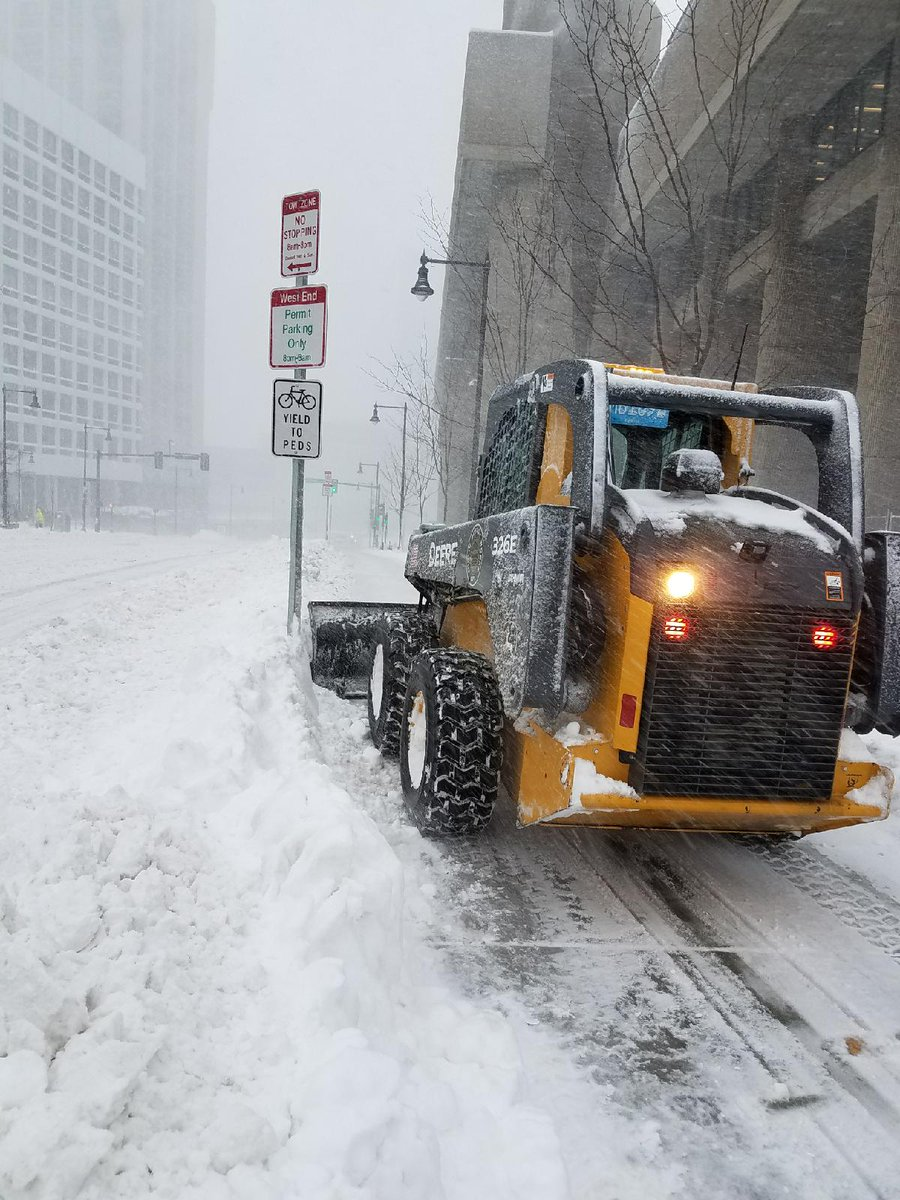 Reader Poll: Should Cycle Tracks Receive Priority for Snow Plowing?