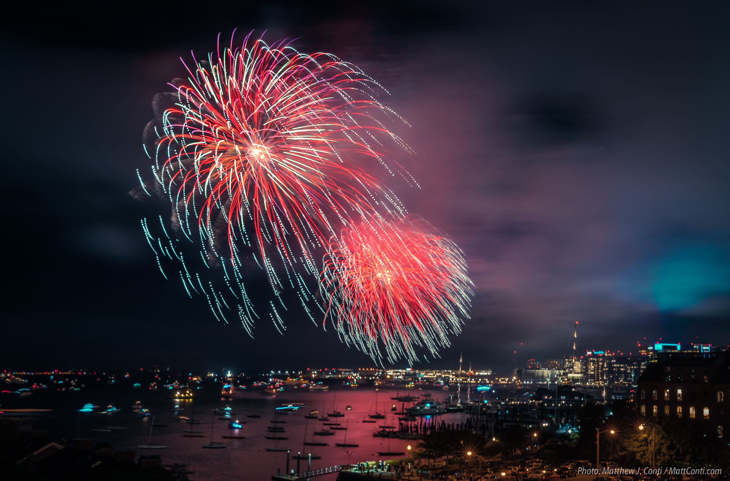 midnight fireworks to ring in 2020 on new years eve with two barges northendwaterfront com northendwaterfront com