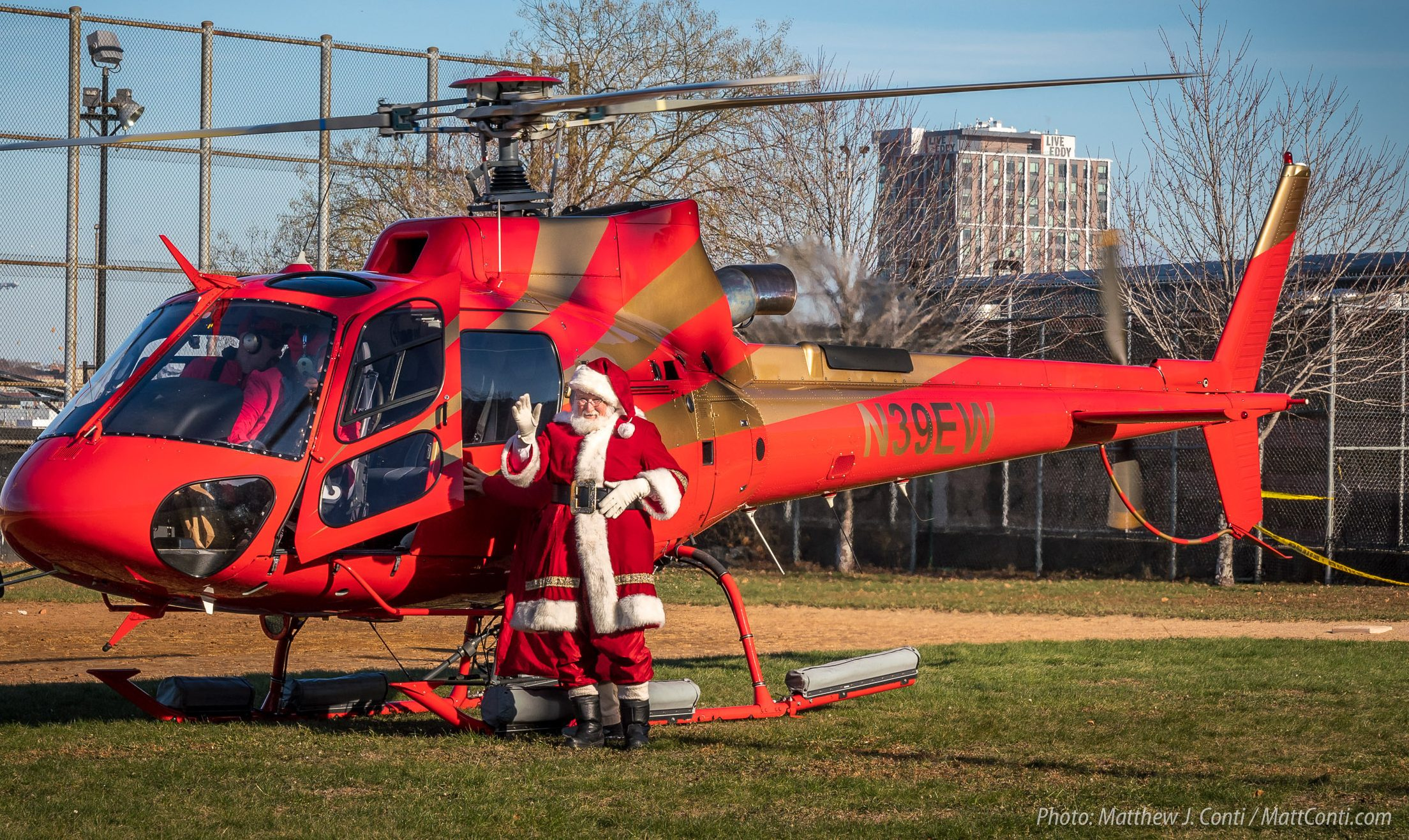 The Christmas Parade.2018 North End Christmas Parade Brings Santa By Helicopter